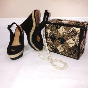 Badgley Mischka Suede Platform Sandals Sz 8.5